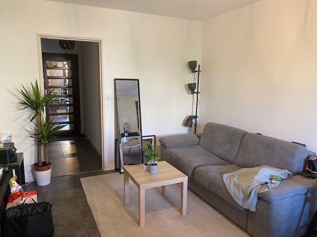 Appartement à louer 2 42.65m2 à Hyères vignette-4