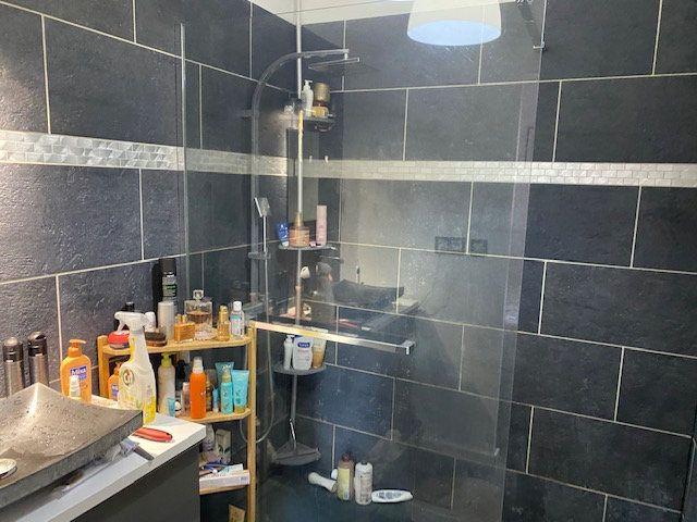 Appartement à louer 2 42.65m2 à Hyères vignette-6