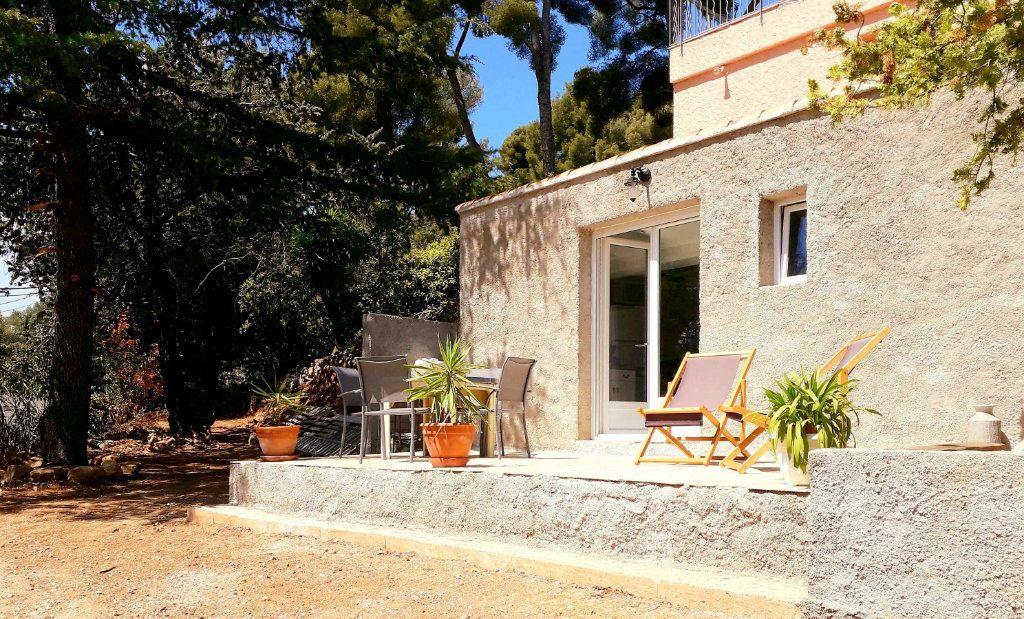 Appartement à louer 2 38m2 à Toulon vignette-2