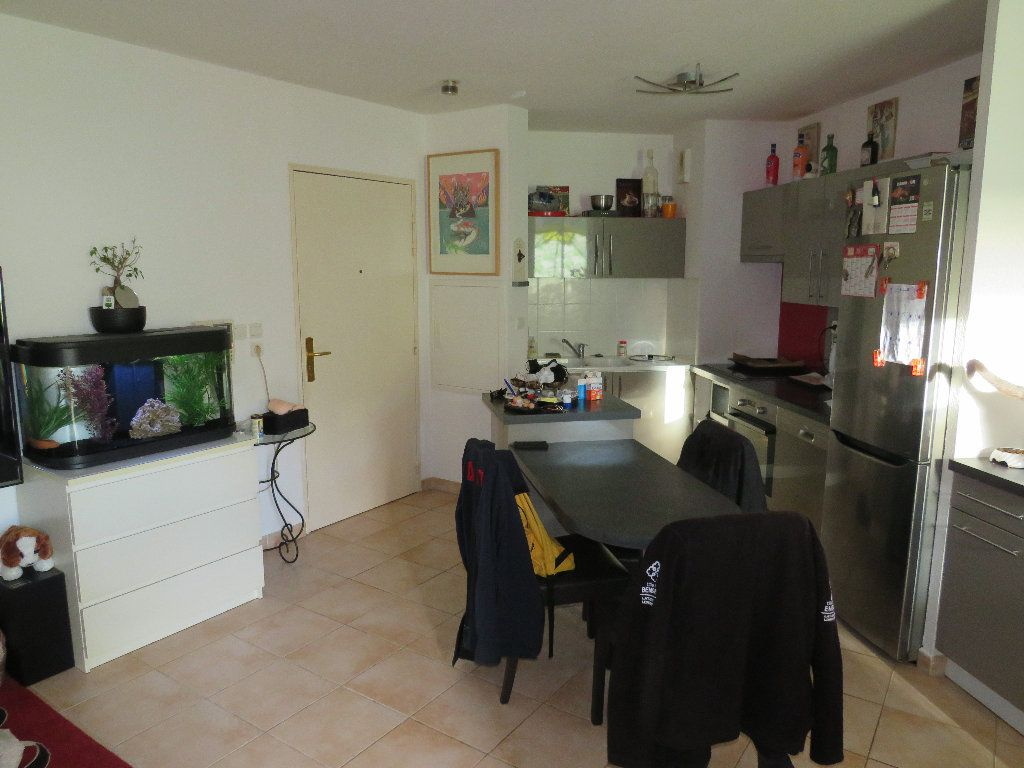 Appartement à vendre 2 47.4m2 à La Seyne-sur-Mer vignette-2
