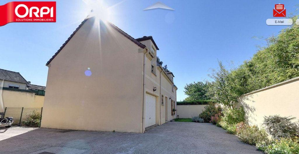 Maison à louer 5 102.8m2 à Le Thillay vignette-1