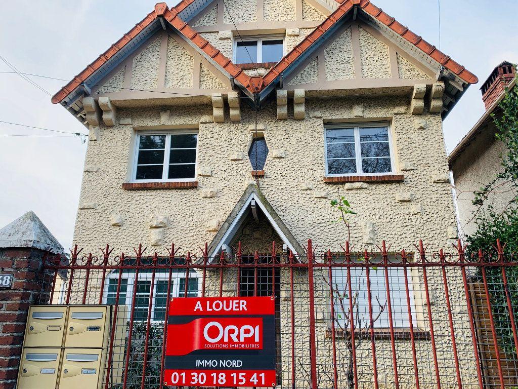 Appartement à louer 3 44m2 à Marly-la-Ville vignette-1