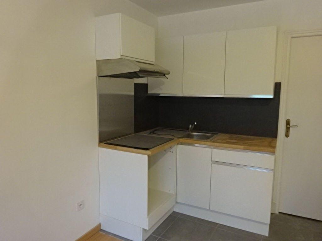 Appartement à louer 3 44m2 à Marly-la-Ville vignette-3