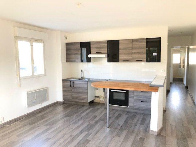 Appartement à louer 3 52.84m2 à Goussainville vignette-1