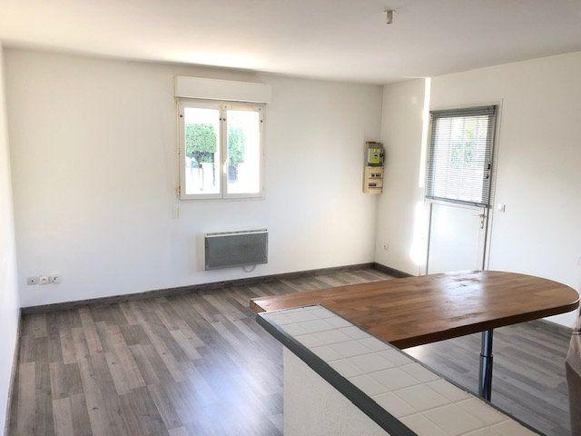 Appartement à louer 3 52.84m2 à Goussainville vignette-2