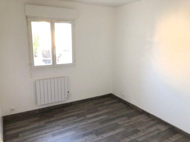 Appartement à louer 3 52.84m2 à Goussainville vignette-3