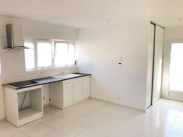 Appartement à louer 1 31.66m2 à Le Thillay vignette-3