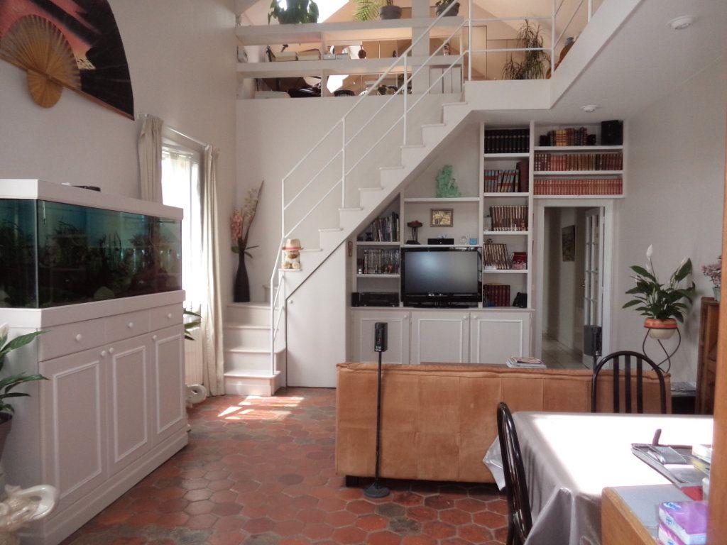 Maison à vendre 7 135m2 à Goussainville vignette-2