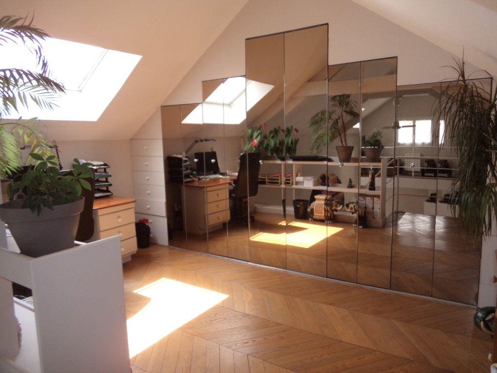 Maison à vendre 7 135m2 à Goussainville vignette-11