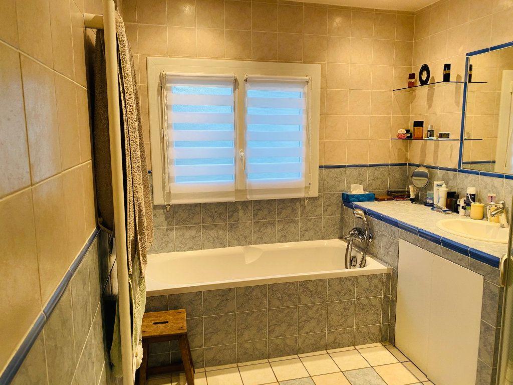 Maison à vendre 7 135m2 à Goussainville vignette-12