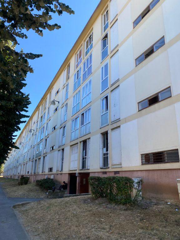 Appartement à vendre 4 67.01m2 à Sarcelles vignette-1