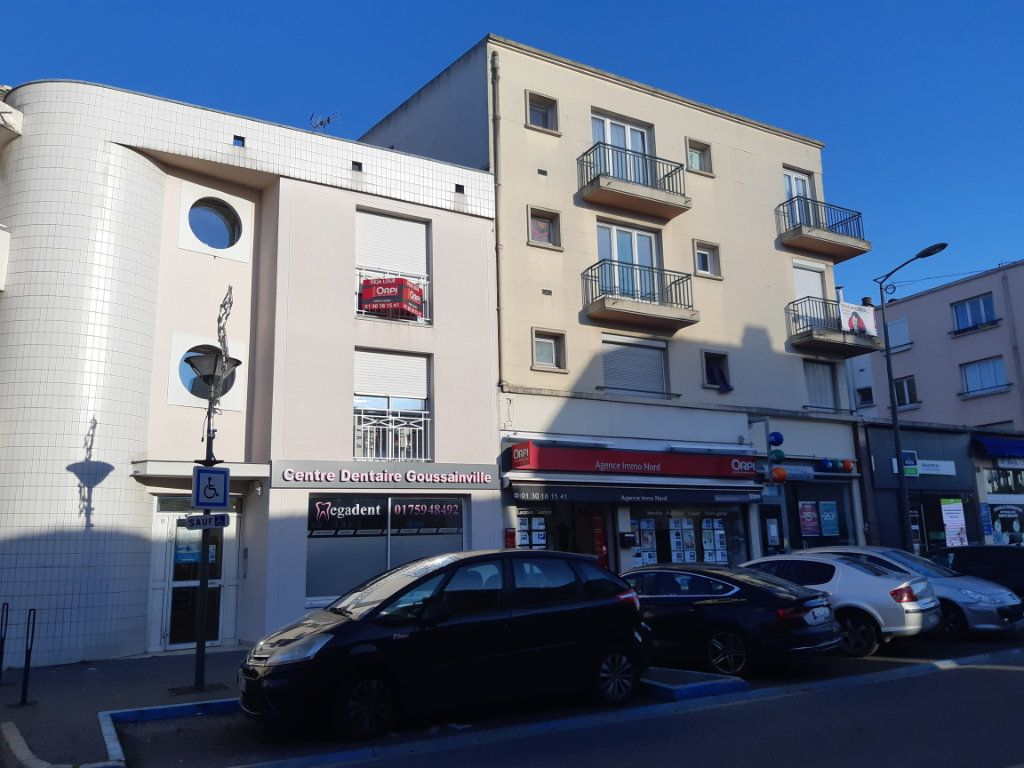 Appartement à vendre 1 24m2 à Goussainville vignette-1