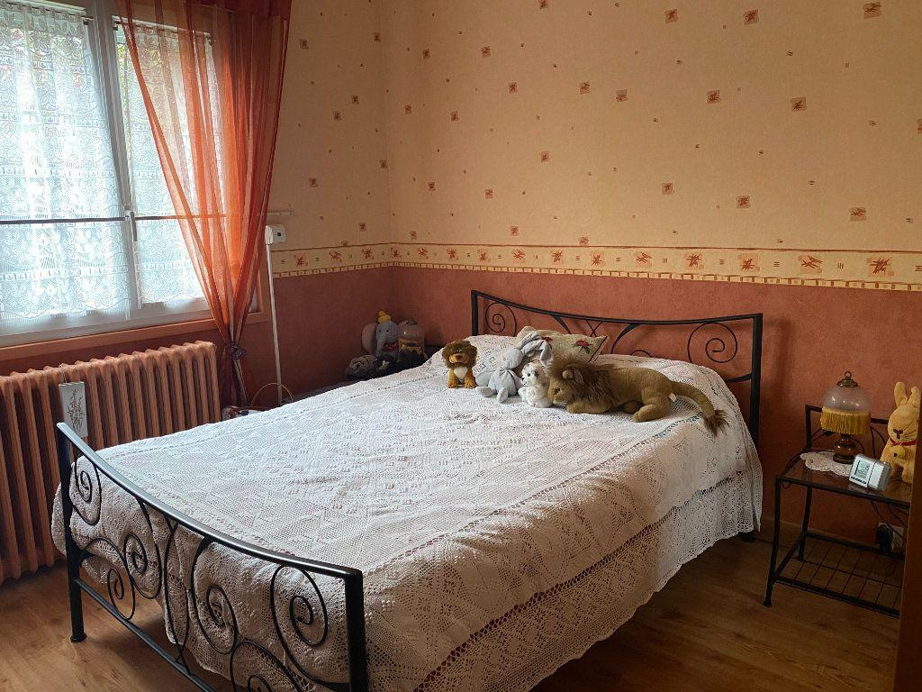 Maison à vendre 5 120m2 à Goussainville vignette-4