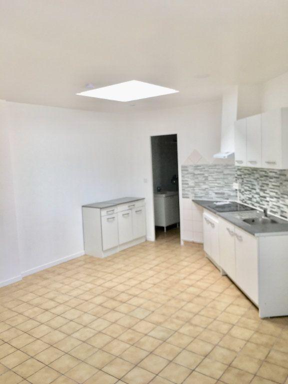 Appartement à louer 1 24.65m2 à Goussainville vignette-1