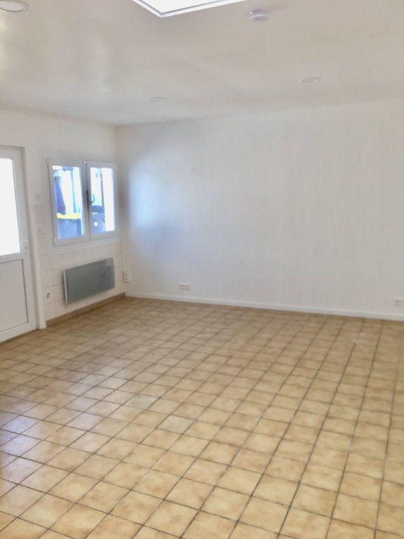 Appartement à louer 1 24.65m2 à Goussainville vignette-3