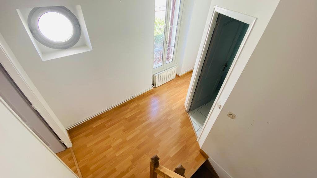 Maison à louer 6 138m2 à Gonesse vignette-4