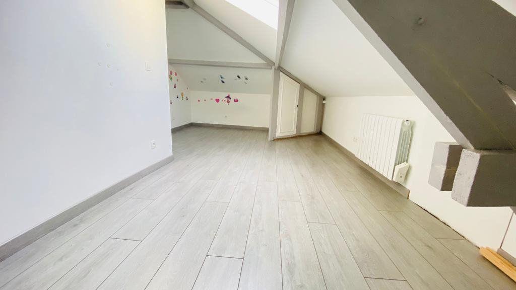 Maison à louer 6 138m2 à Gonesse vignette-6