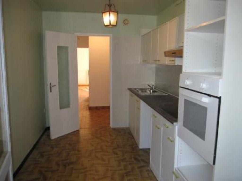 Appartement à louer 4 79.25m2 à Montpellier vignette-6