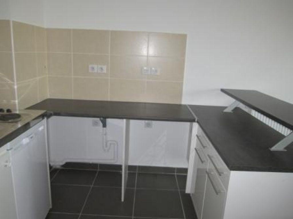 Appartement à louer 2 37.32m2 à Castelnau-le-Lez vignette-1