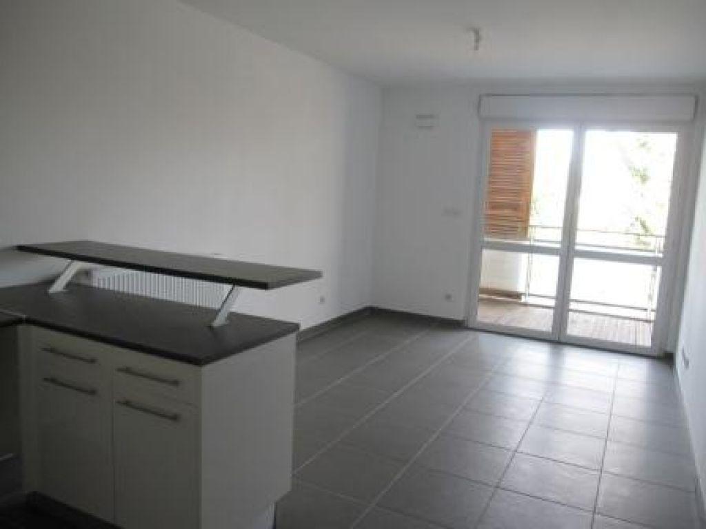 Appartement à louer 2 37.32m2 à Castelnau-le-Lez vignette-4