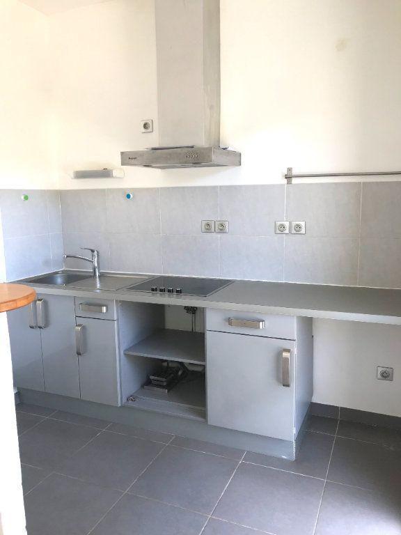 Appartement à louer 1 30.35m2 à Castelnau-le-Lez vignette-3