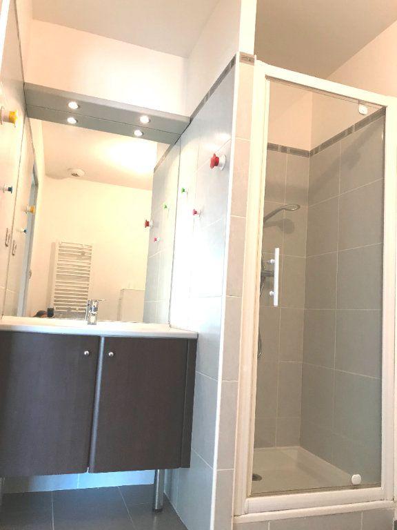 Appartement à louer 1 30.35m2 à Castelnau-le-Lez vignette-4