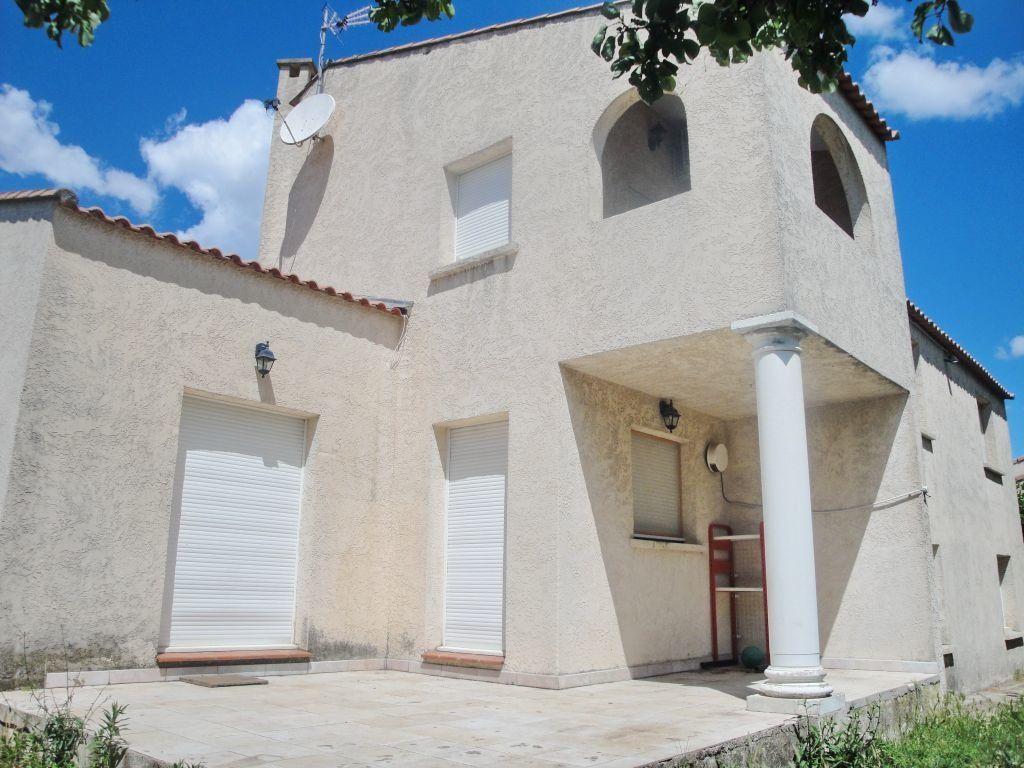 Maison à louer 5 144.71m2 à Saint-Aunès vignette-2