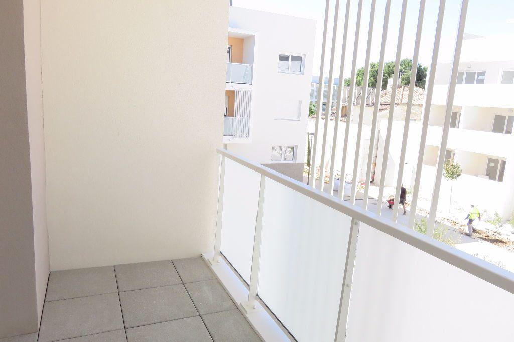 Appartement à louer 2 37.23m2 à Castelnau-le-Lez vignette-1