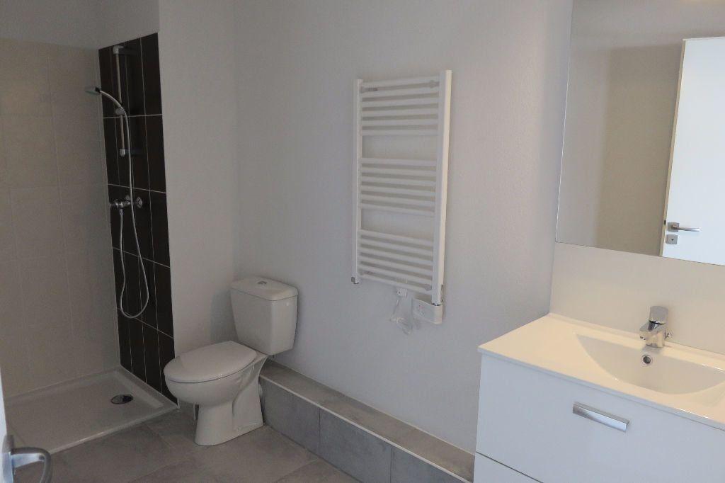 Appartement à louer 2 37.23m2 à Castelnau-le-Lez vignette-5