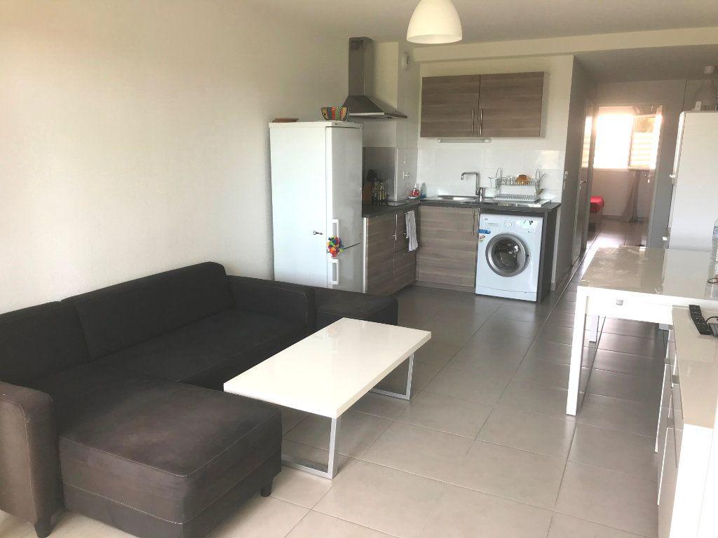 Appartement à louer 2 43.46m2 à Castelnau-le-Lez vignette-2