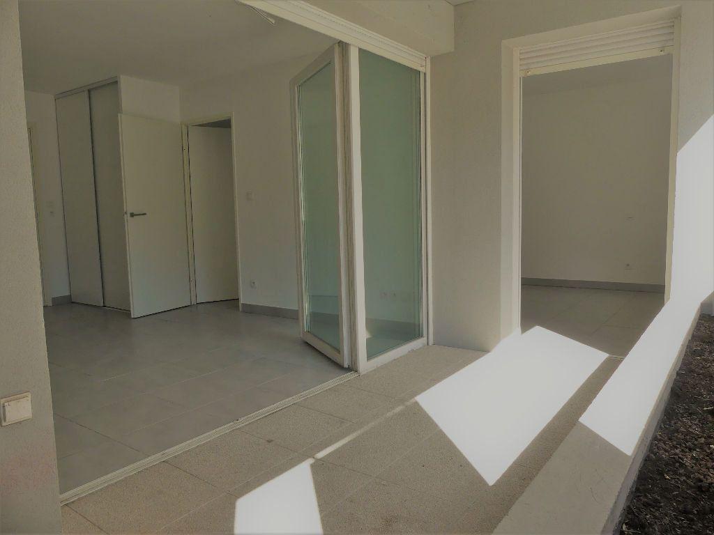 Appartement à louer 2 40.16m2 à Castelnau-le-Lez vignette-3