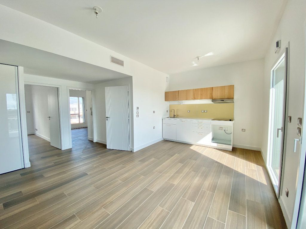 Appartement à louer 3 59.05m2 à Castelnau-le-Lez vignette-1