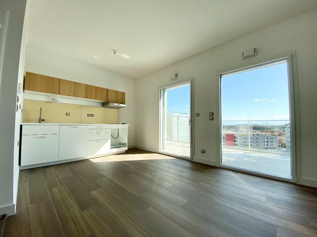 Appartement à louer 3 59.05m2 à Castelnau-le-Lez vignette-2