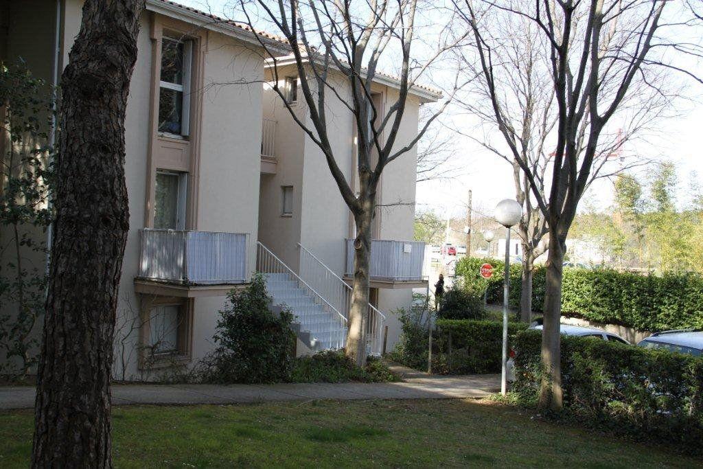Appartement à louer 1 19.6m2 à Montpellier vignette-2
