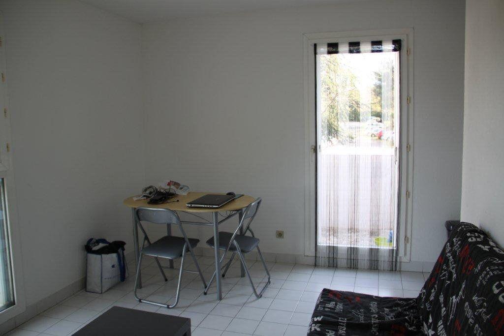 Appartement à louer 1 19.6m2 à Montpellier vignette-3