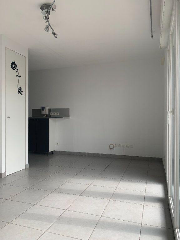 Appartement à vendre 1 22.1m2 à Castelnau-le-Lez vignette-2