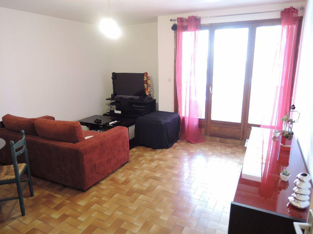 Appartement à vendre 2 45m2 à Casteil vignette-1