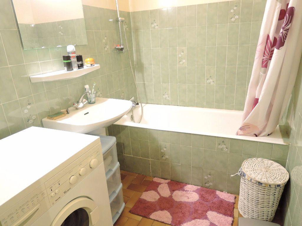 Appartement à vendre 2 45m2 à Casteil vignette-4