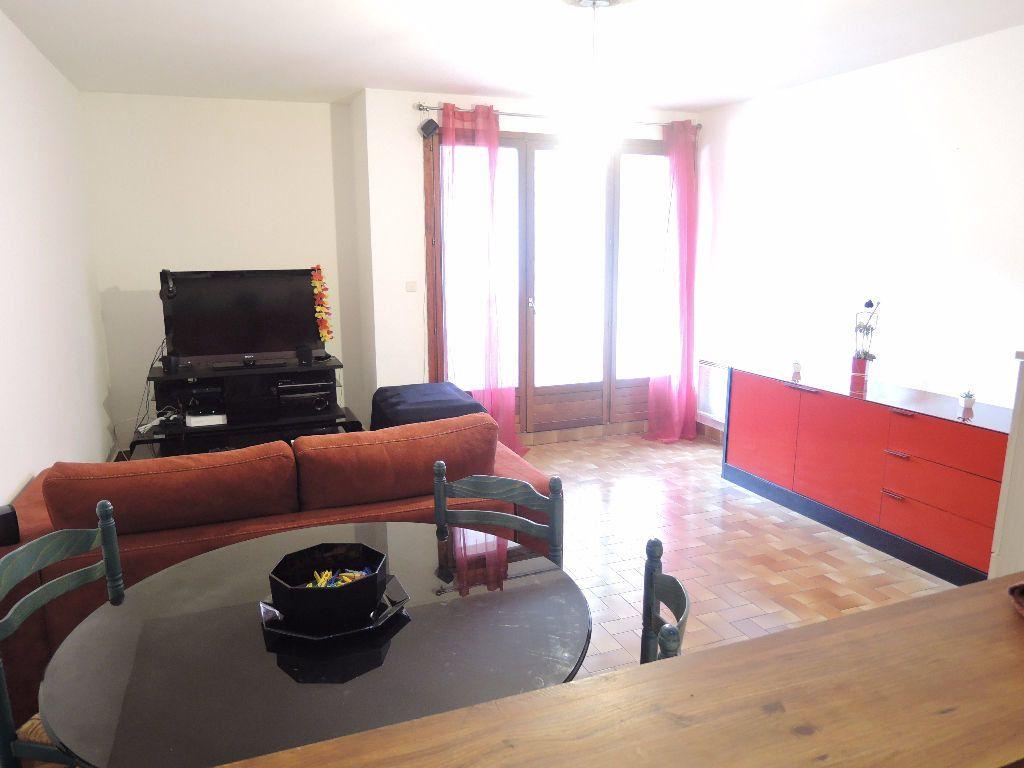 Appartement à vendre 2 45m2 à Casteil vignette-5