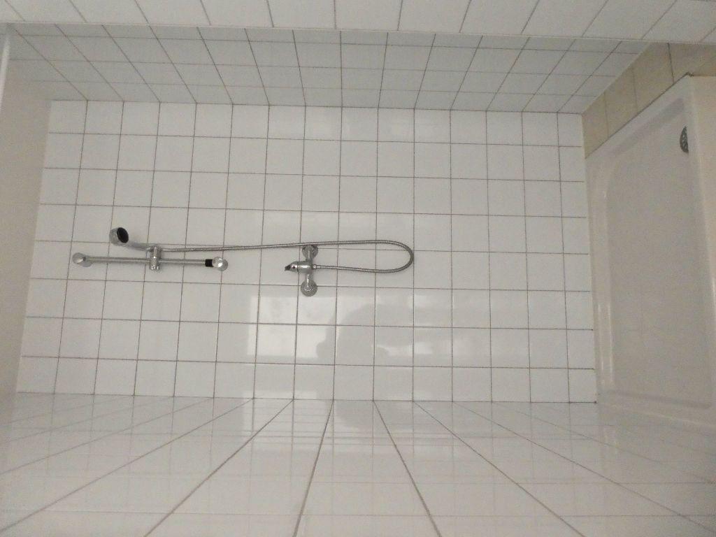 Appartement à louer 1 20.21m2 à Prades vignette-6