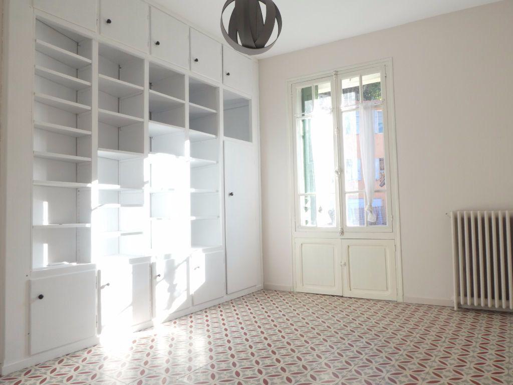Maison à louer 6 165m2 à Vernet-les-Bains vignette-2