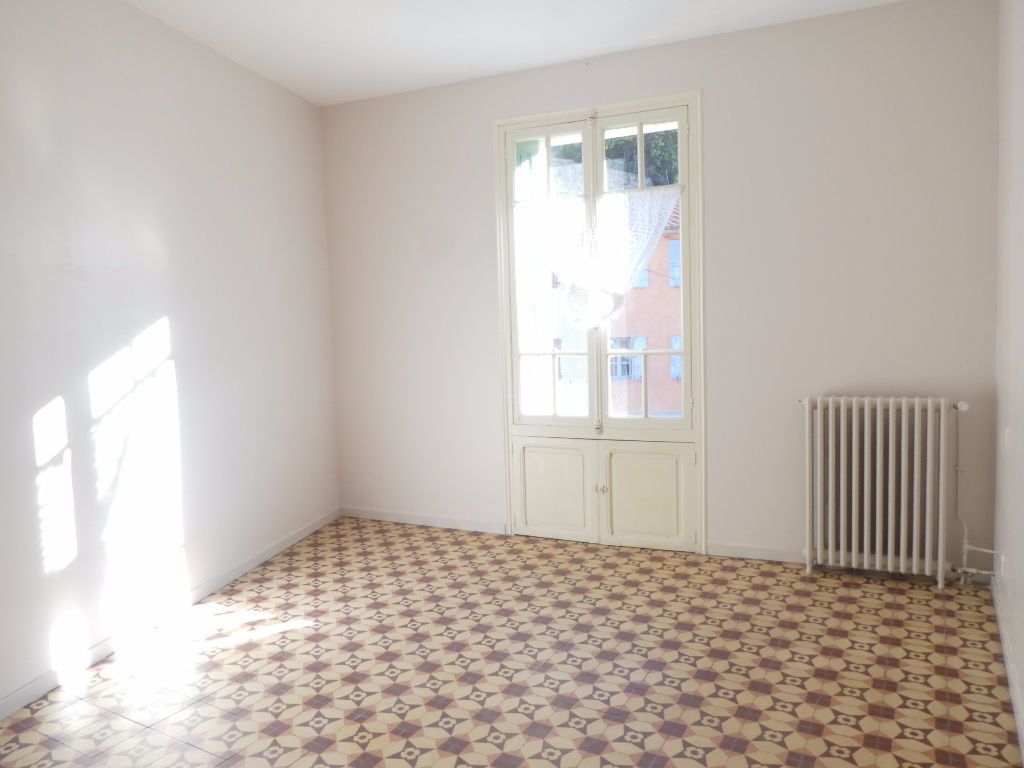 Maison à louer 6 165m2 à Vernet-les-Bains vignette-6