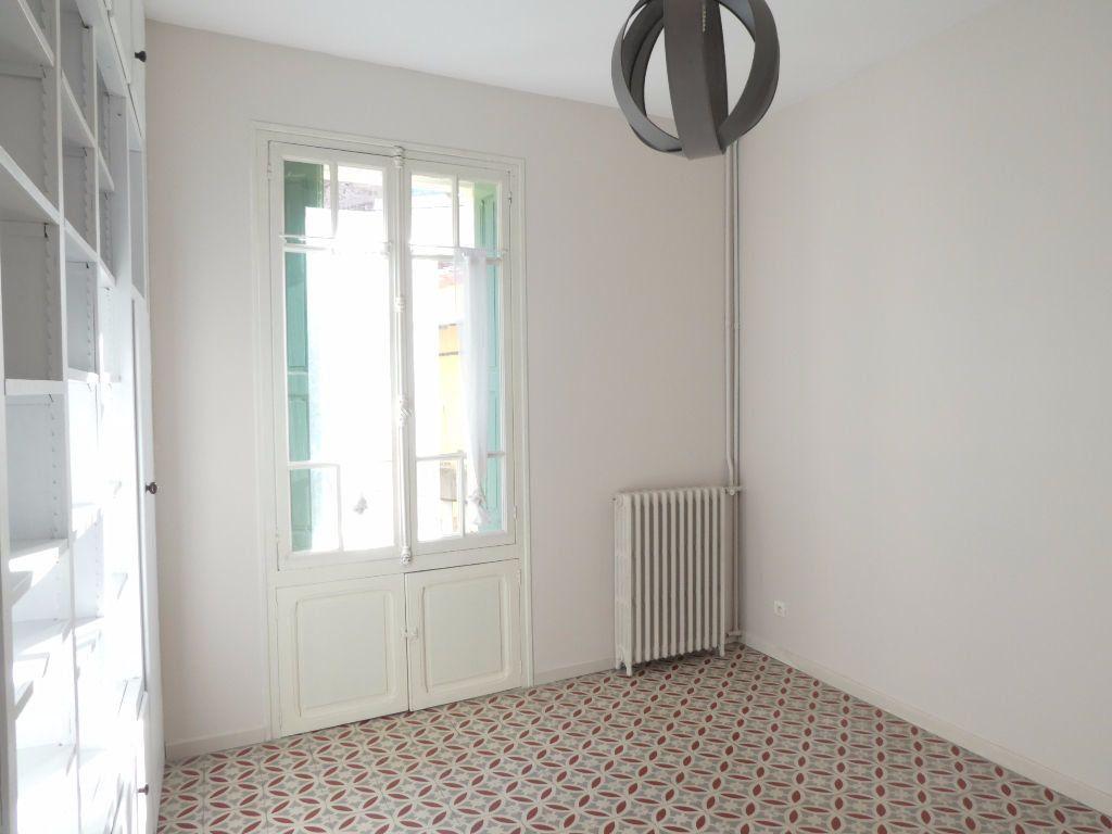 Maison à louer 6 165m2 à Vernet-les-Bains vignette-7