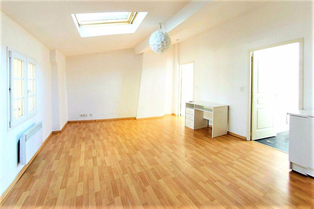 Appartement à louer 2 37.76m2 à Perpignan vignette-1