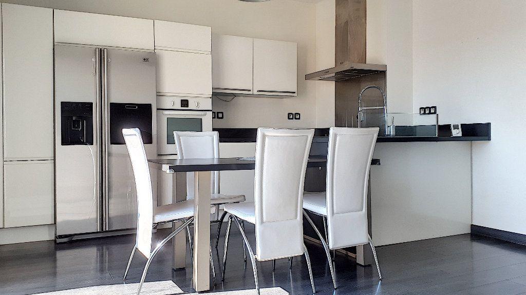 Appartement à louer 4 76.67m2 à Perpignan vignette-1