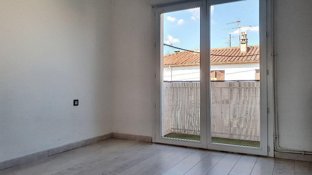Appartement à louer 4 76.67m2 à Perpignan vignette-5