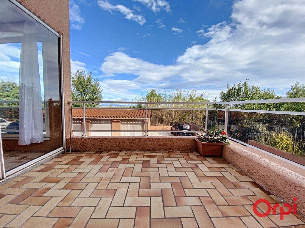 Appartement à vendre 3 93m2 à Perpignan vignette-4