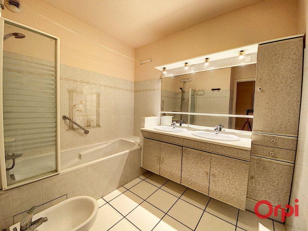 Appartement à vendre 3 93m2 à Perpignan vignette-11