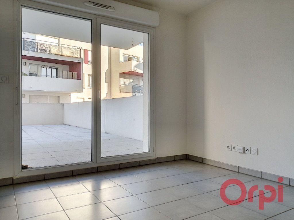 Appartement à louer 2 37.19m2 à Perpignan vignette-2