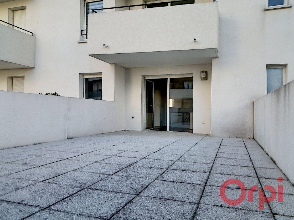 Appartement à louer 2 37.19m2 à Perpignan vignette-4